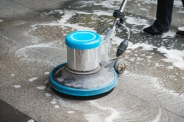 Cleaning floor services
