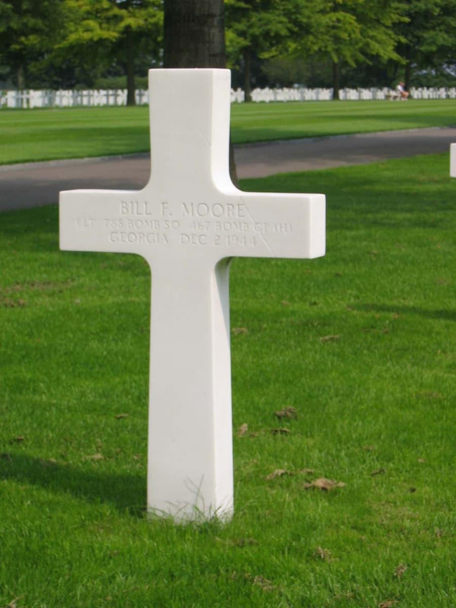 grafsteen 1st Lieutenant Bill Francis Moore