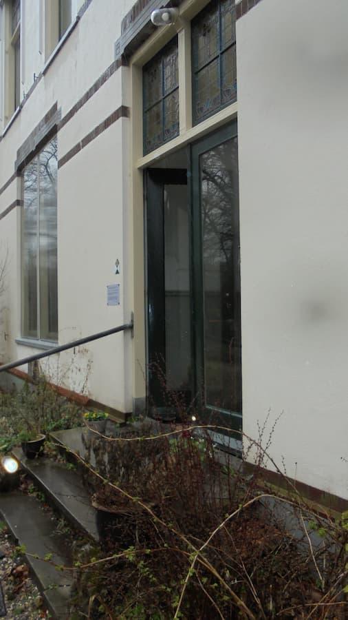 entree huize De Ploeg (foto Jelle Reitsma)