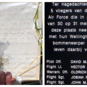 oude & nieuwe plaquette (foto: Henk van Vulpen)