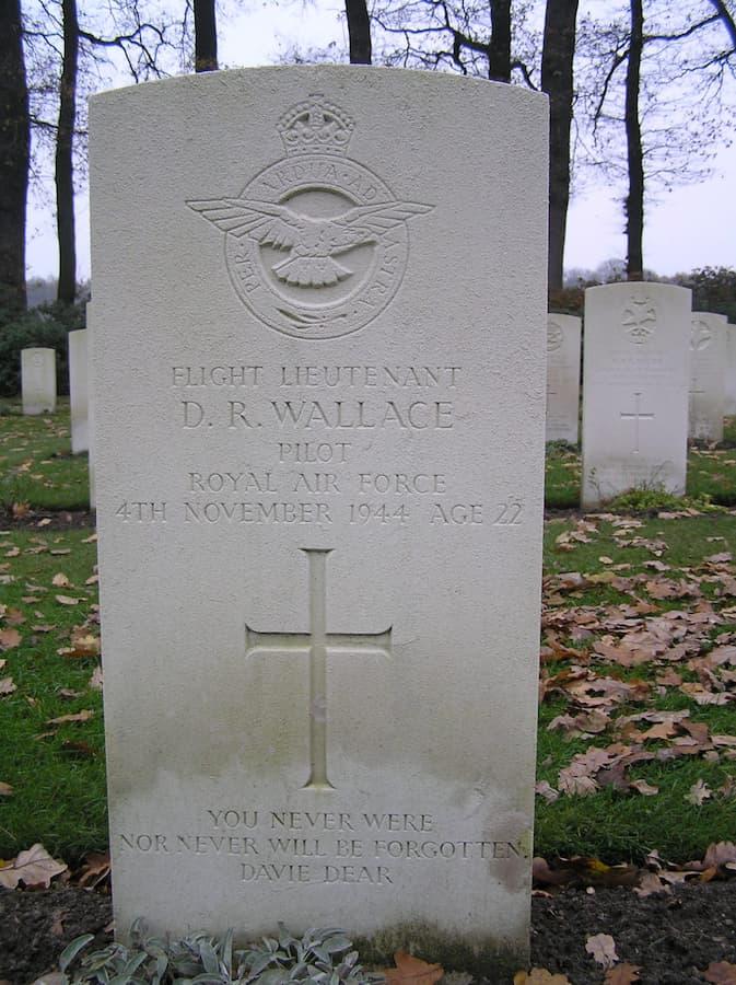 grafsteen David Wallace (foto Jelle Reitsma)