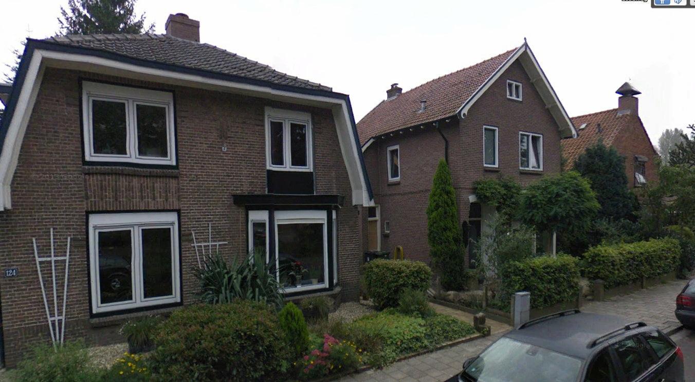 getroffen huizen aan de Loseweg (foto Jelle Reitsma)