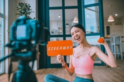 The Power of Hosting Offline to Online (O2O) Giveaways
