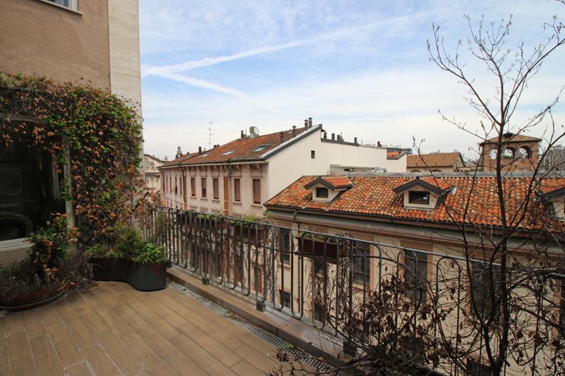 Ampio ed elegante appartamento in zona Magenta