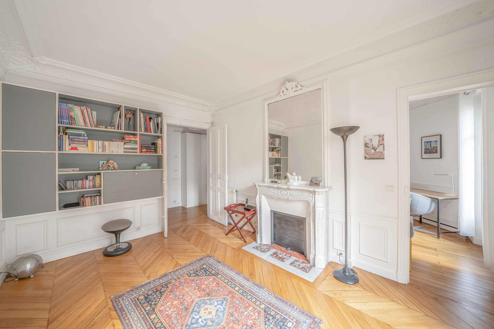 Intérieur appartement de De Ferla