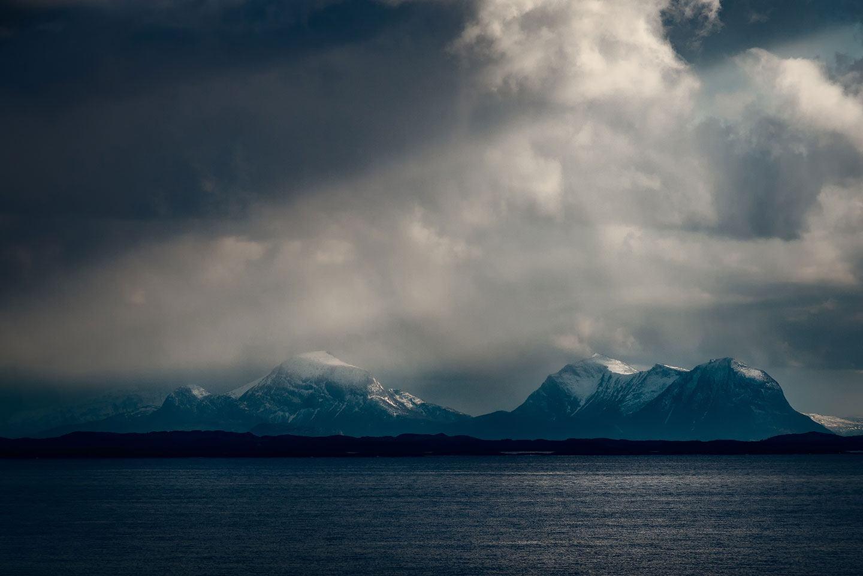 Måsøval fjell
