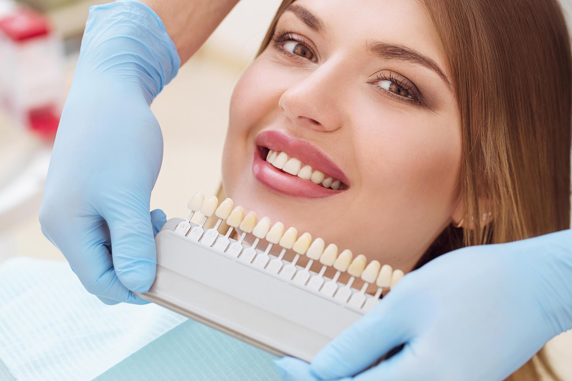 Choosing dental implants in conroe