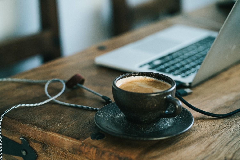 Kaip išsirinkti kavos aparatą