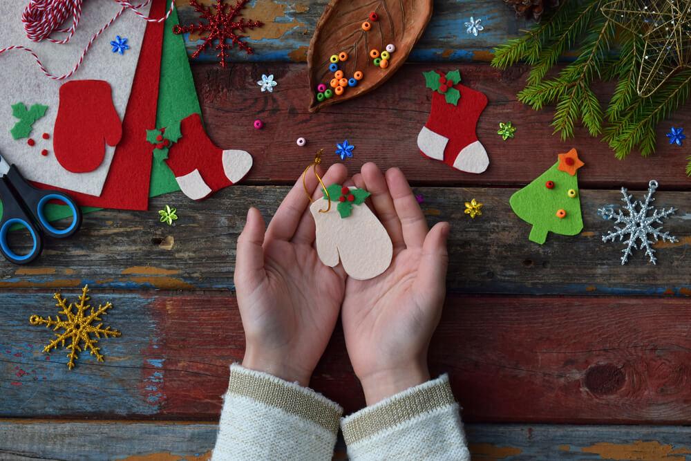 Rankų darbo kalėdinės dekoracijos
