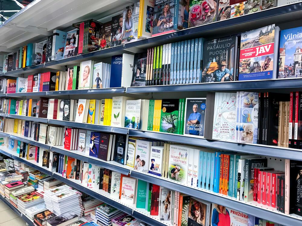 Ar knygų leidyba mirusi