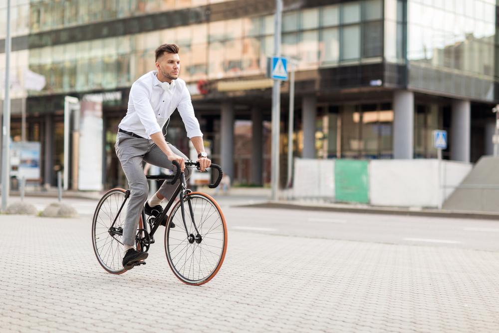 Į darbą su dviračiu