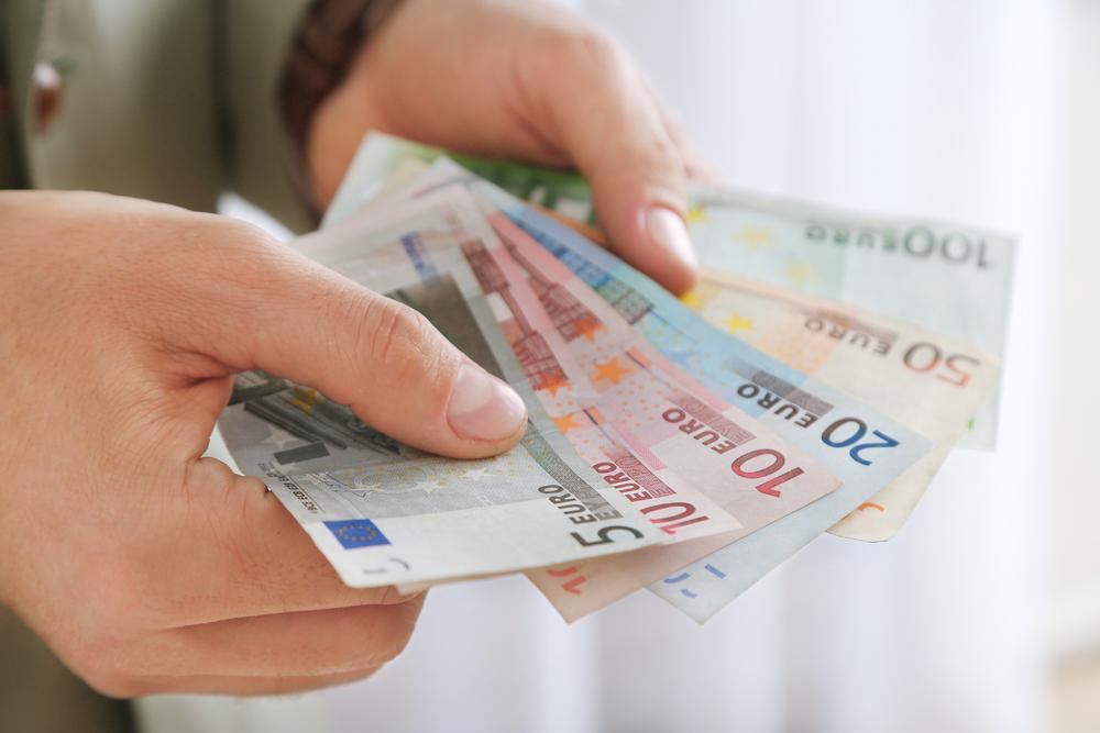 Išlaidos teisėms gauti