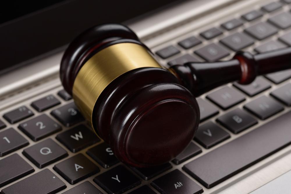 Įstatymai ginantys asmens duomenis