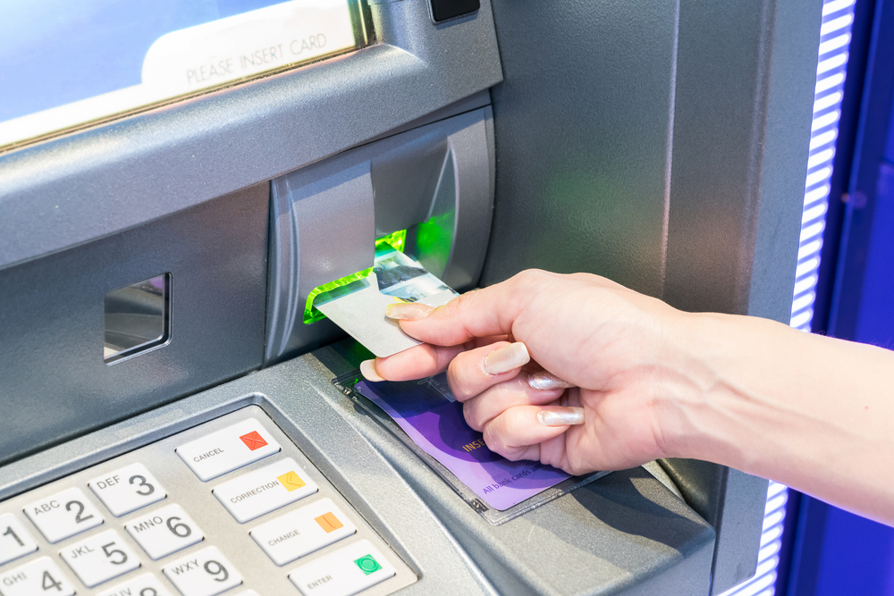 Kredito ar debeto kortelė