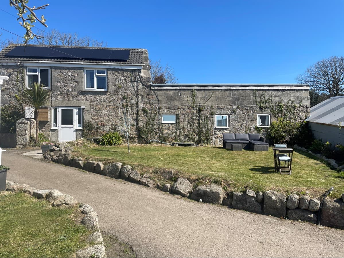 the old hayloft exterior at parting carn farm isles of scilly accommodation