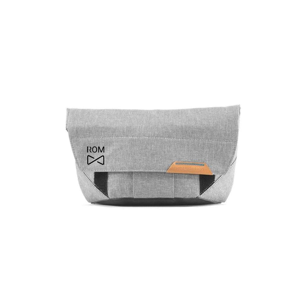 Field pouch