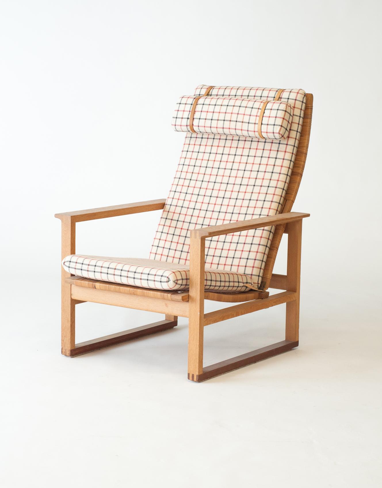 #2254 Oak Sled Chair