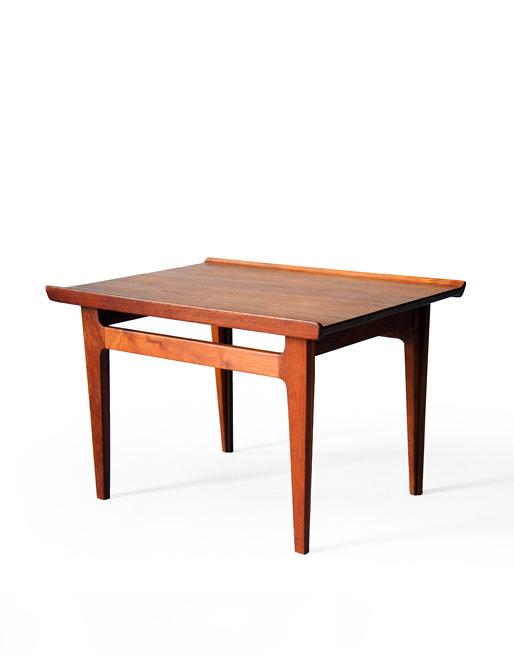 France & Søn #535 Solid Teak Side Table