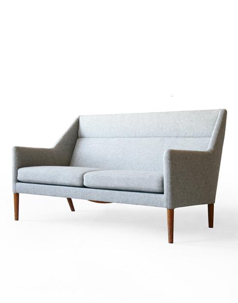 #4400 Fritz Hansen Beech Sofa