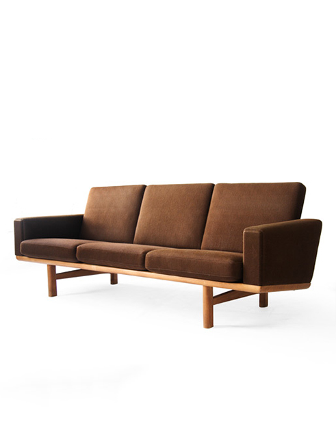GE-236/3 Getama Oak Sofa