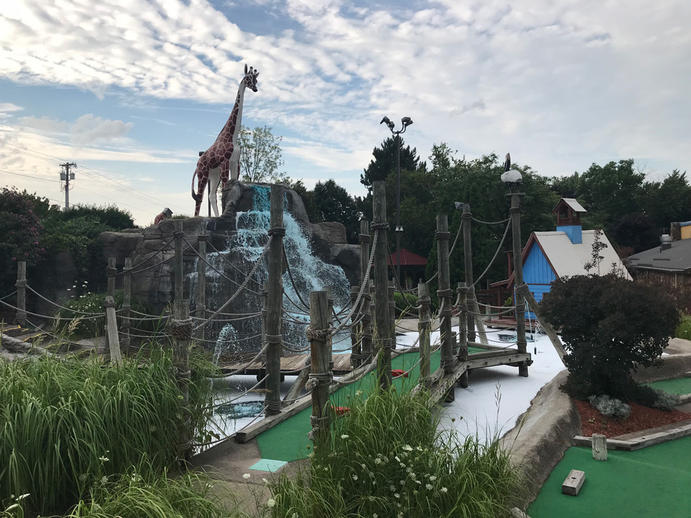 Mini golf at Clubhouse in Greece