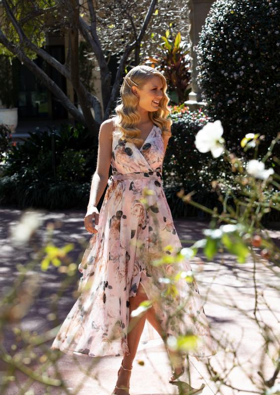 montique-rosie-print-chiffon-dress-floral-print-campaign-glamcorner