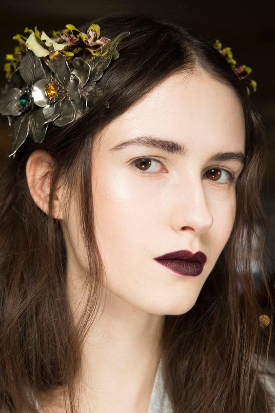 pale - winter makeup tip