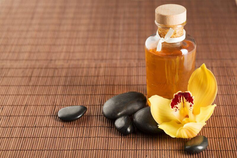 Massage with medical oil