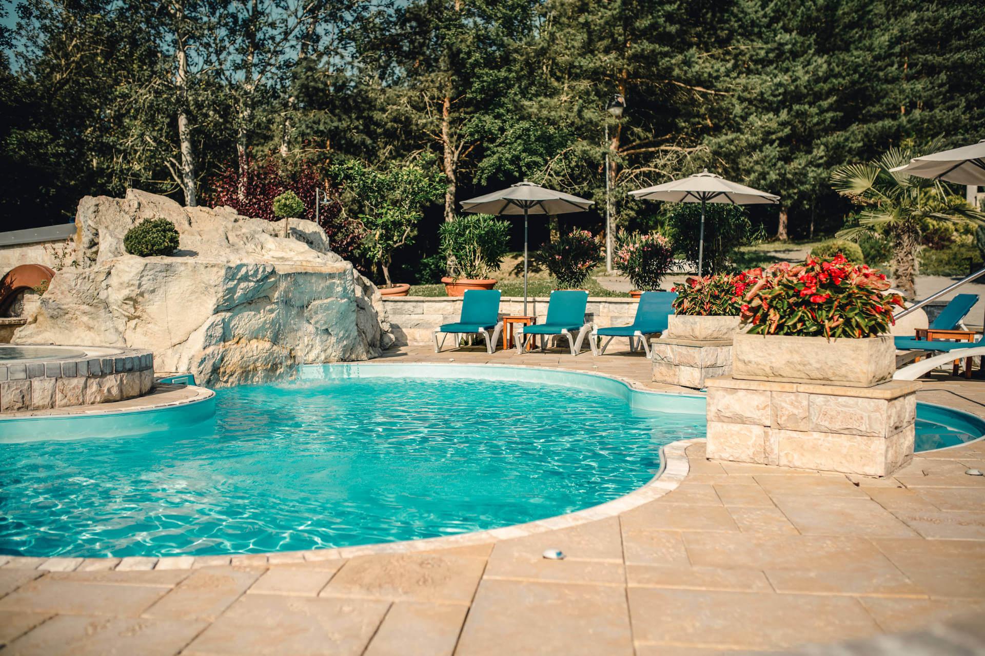 Termálne vonkajšie bazény Kaskady