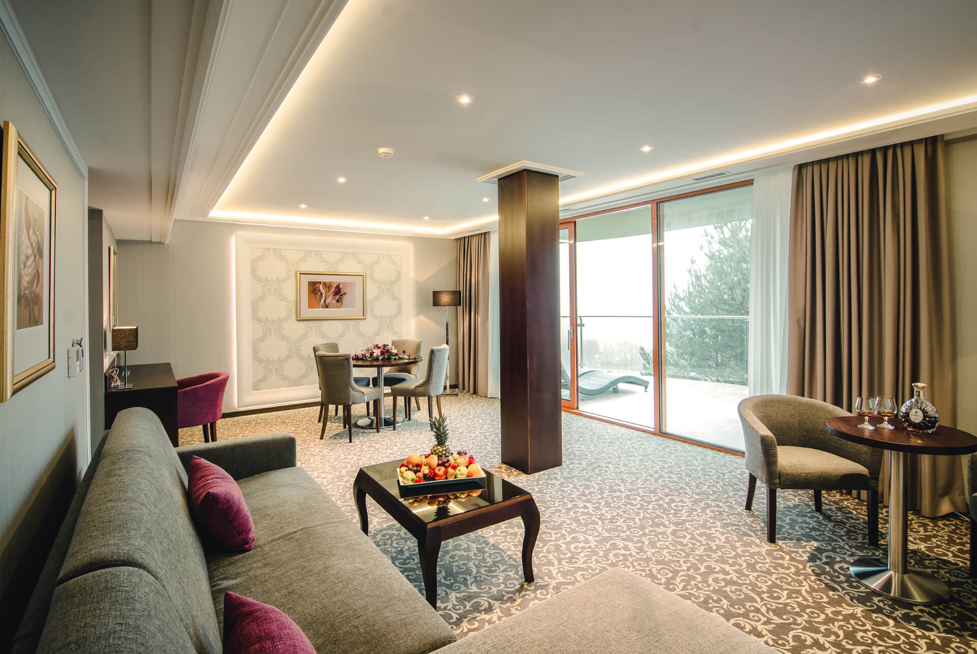 3-rooms suite in Prestige design