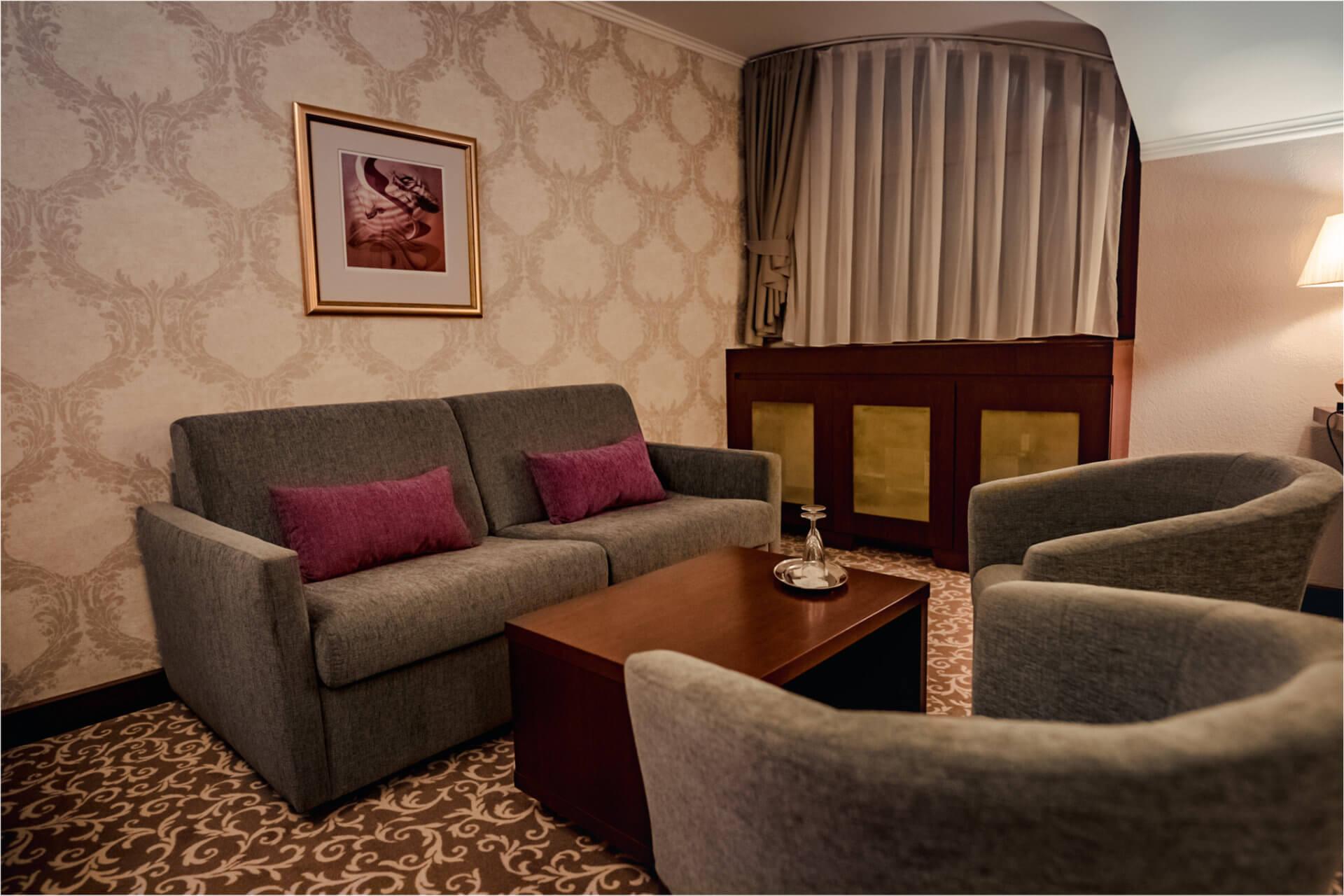 1-room suite in Lux design