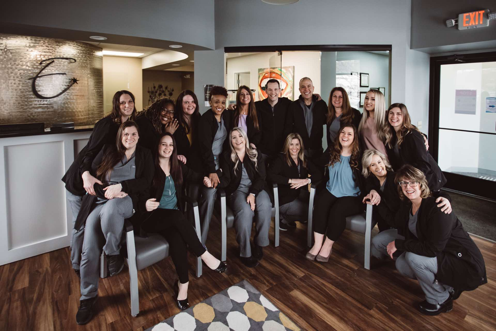 Photo of the entire Edgewood Dental Associates team