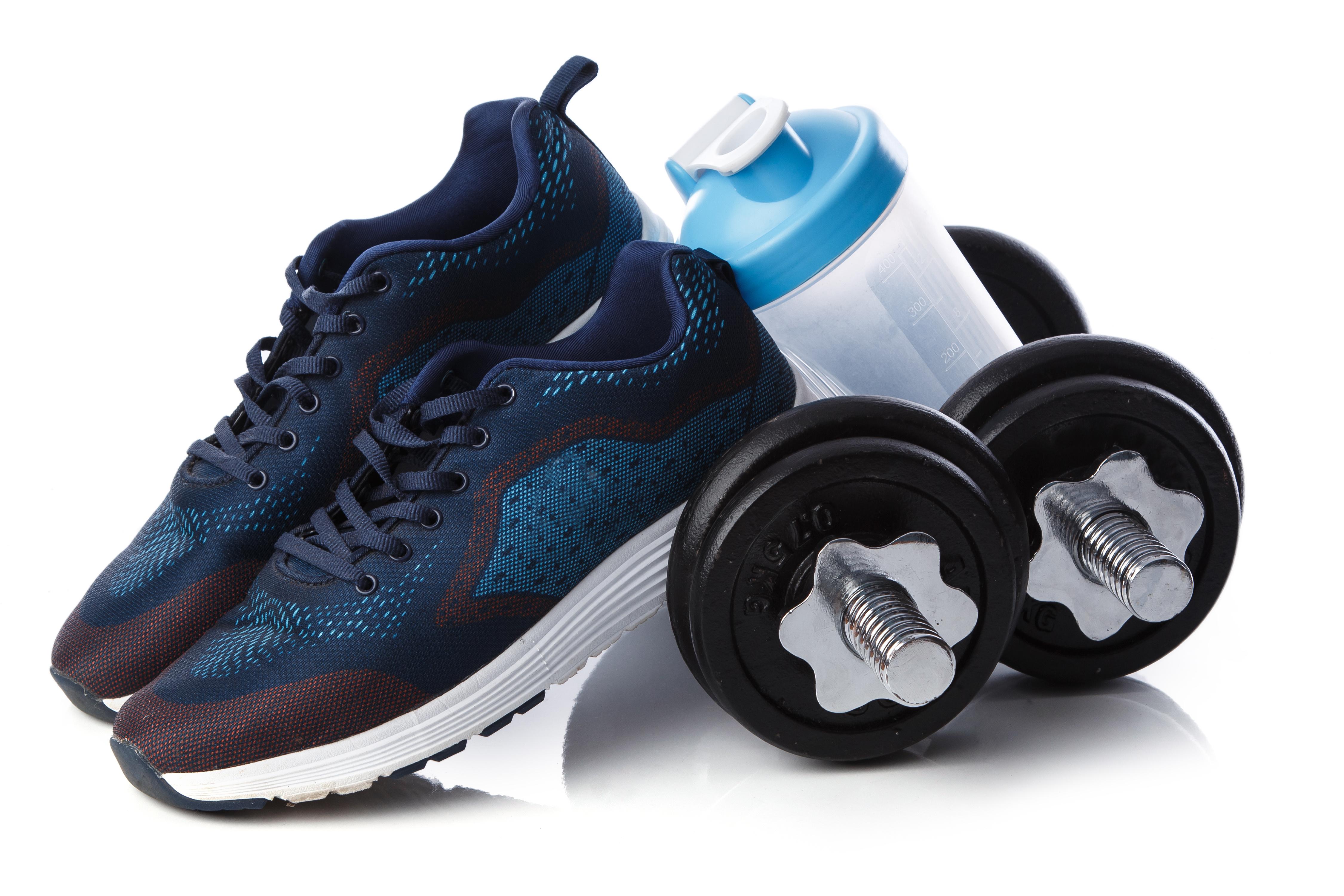Принадлежности за спорт - маратонки, гирички и шейкър