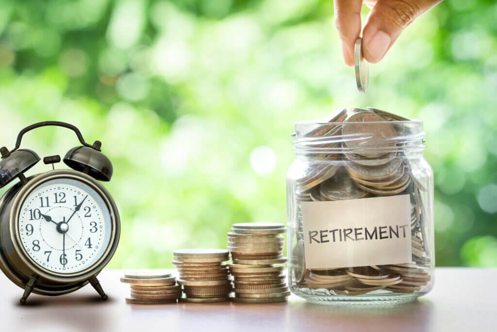 Как да спестите пари за пенсиониране?