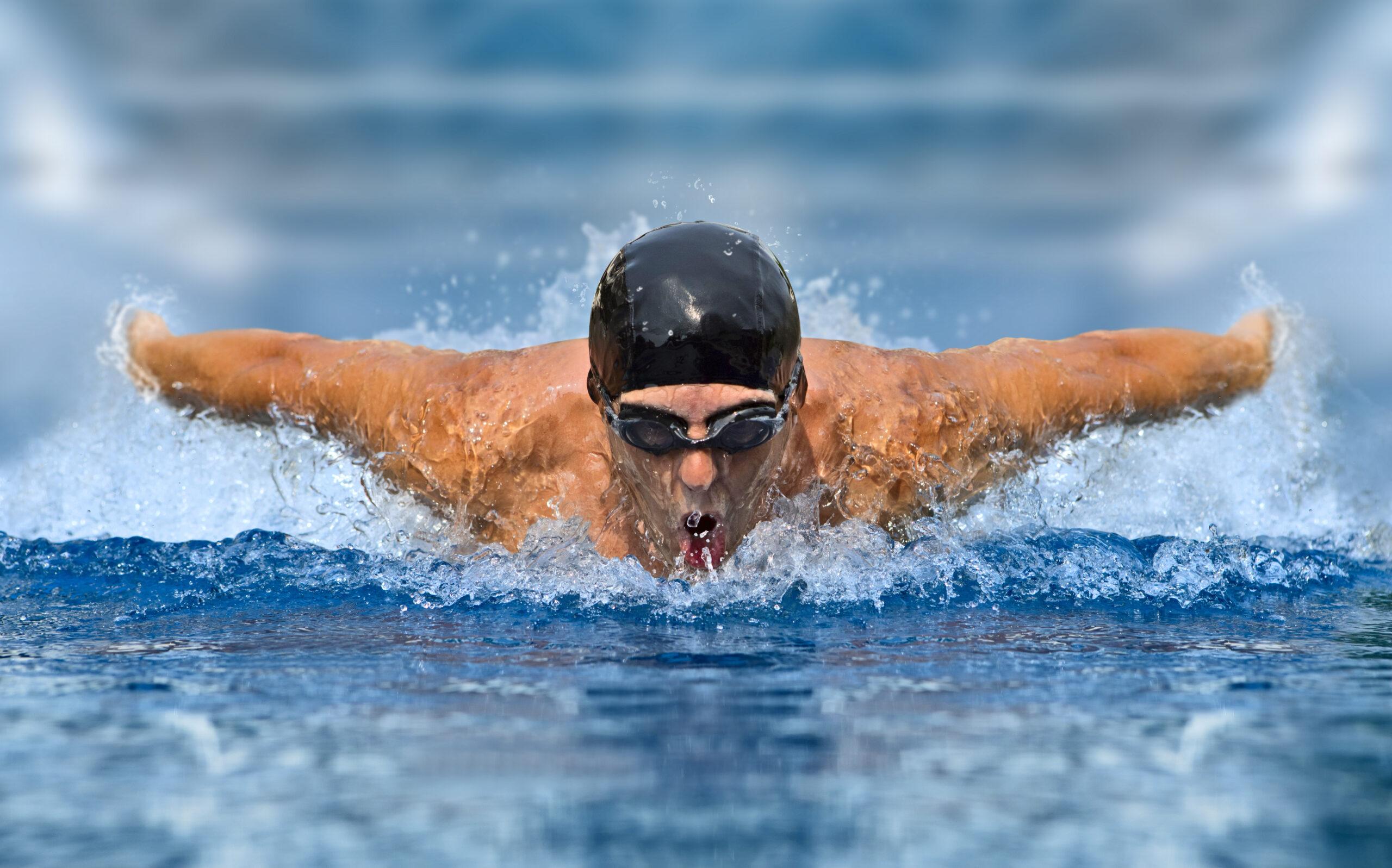 Плуване – ползи и плюсове за здравето на човек