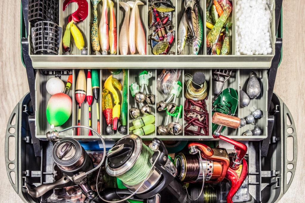 Куфарче с принадлежности за риболов