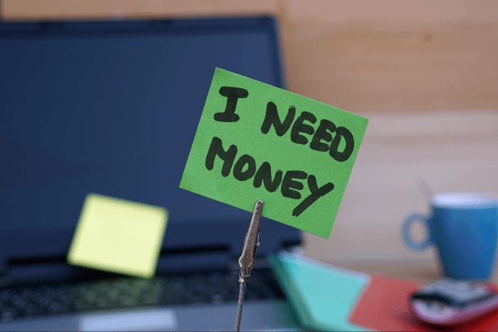 Какво да правим при нужда от парични средства?