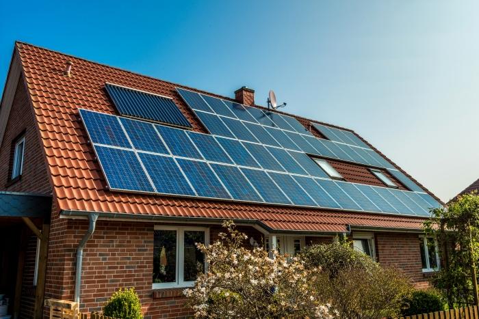 Заслужава ли си инвестирането в соларна система?