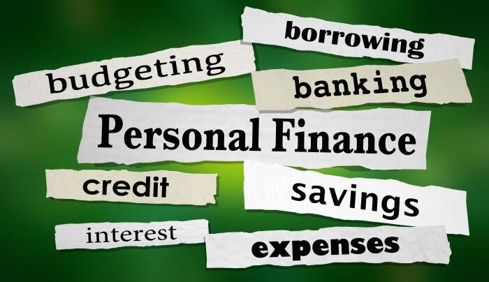Основните пера на личните финанси - бюджетиране, разходи, спестявания, кредити, лихви, заемане и банкиране