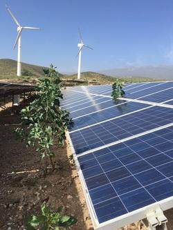Mantenimiento de plantas fotovoltaicas con técnicas UBV