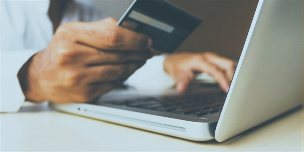 Do Churches Pay Credit & Debit Card Fees For Online Giving?