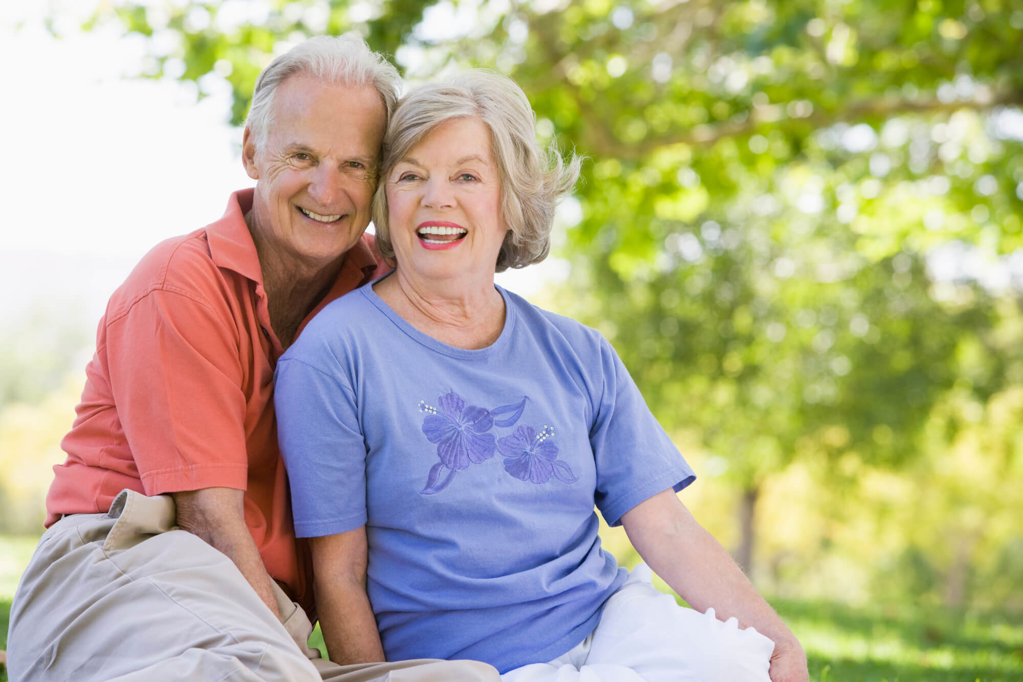 Couple choosing private home care in Westchester.