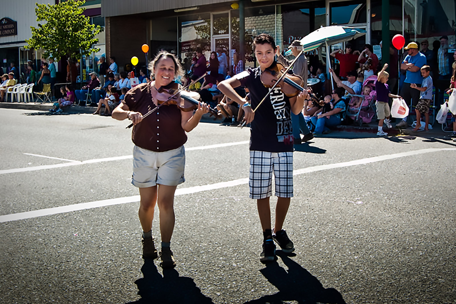 Bluegrass Performers at Quincy Parade