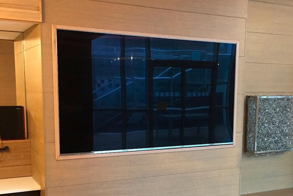 TV mount installation in Toronto by Eureka.