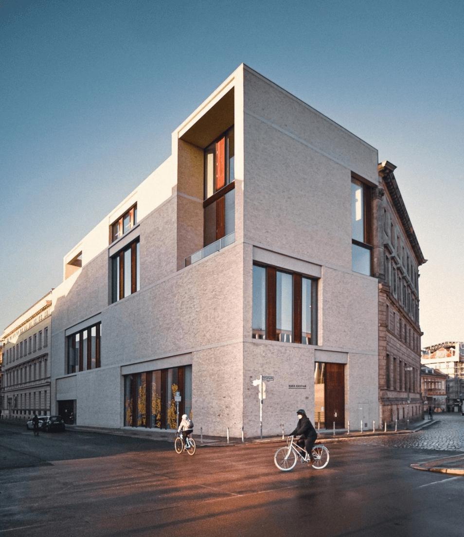 Minimalism architecture building, Am Kupfergraben