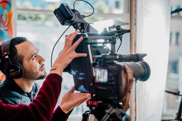 Video marketing for businesses: Benefits, why and how to start.