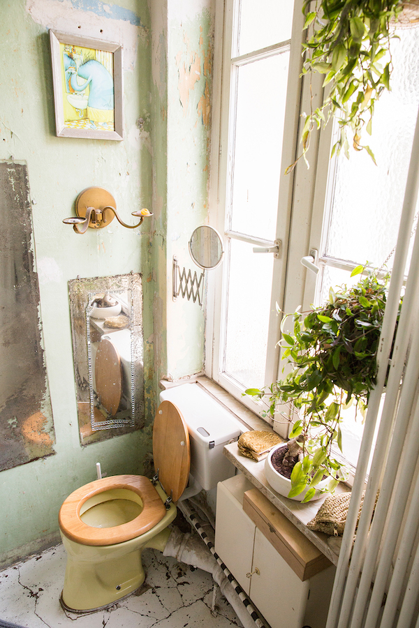 Bathroom design in unique flat in Berlin, Germany