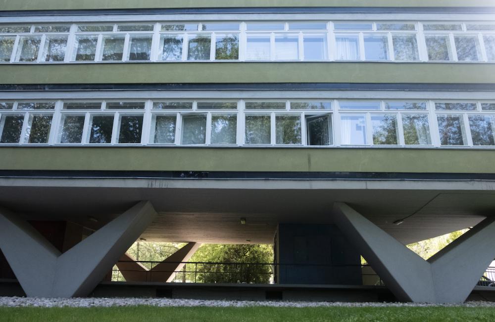 The Oscar Niemeyer Haus best location for portraits in Berlin Germany