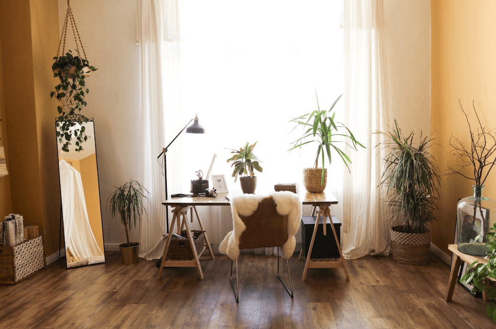 Scandinavian vintage apartment in Berlin, available to rent in Beazy.