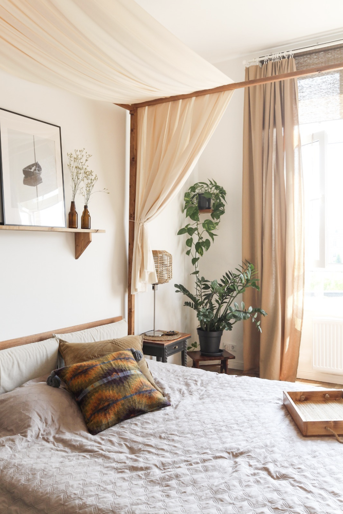 Bedroom of a scandinavian apartment available for rent for your next shooting in Berlin, Germany. Original and unique boho interior design and style, very bright for photoshoot